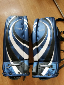 Reebok junior goalie pads. 28÷1.  Barely used