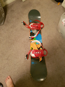 Men's 152 forum Youngblood snowboard with K2 Bindings