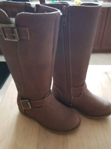 Toddle fall/spring boots size 7