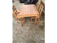 Pine Dining Table - Great Condition!!