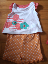 M&S New Baby girl 6-9mths 2 tops and matching shorts