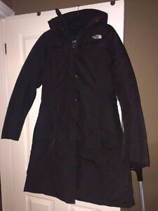 Beautiful North Face Goose Down Parka - Size L