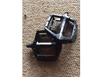 Diamondback bmx/ mountain bike pedals