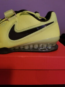 Nike Romaleos II Brand New Never Worn In Box Size 11 Volt Gym