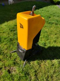 JCB garden shredder