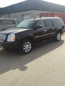2007 GMC YUKON DENALI XL IN EXCELENT SHAPE
