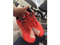 Size 9-10 Puma boots FG