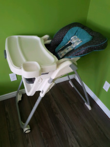 High chair in excellent condition- needs to go!!!