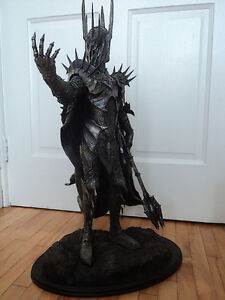 Lord of the Rings Dark Lord Sauron figure by Weta Sideshow