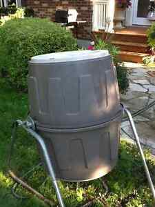 Barely used tumbler composter