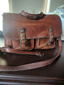 Leather bag, broken strap