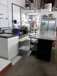 SHARED COMERCIAL KITCHEN FOR RENT