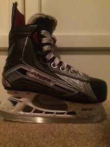 Bauer Vapor X900 Youth Hockey Skates Size 13D