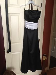 Prom/chic dress Kingston Kingston Area image 1