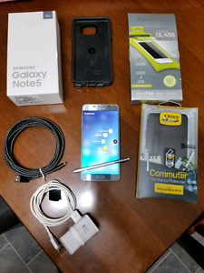 Samsung galaxy note 5 . MINT CONDITION  !!!!