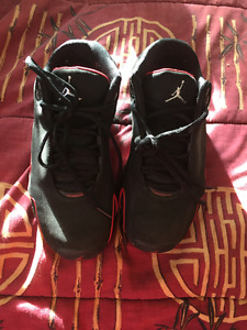 Selling mint condition air jordan 21
