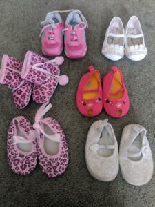 Size 3 girls baby shoes
