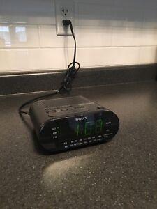 Sony alarm clock Oakville / Halton Region Toronto (GTA) image 1