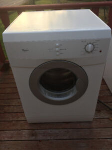 Whirlpool Apartemnt size Dyer