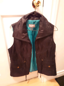 Nice summer vest size small