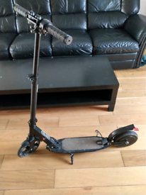 electric scooter, for repair, 15kmh, 110km range