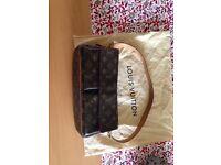 Louis Vuitton Viva Cite MM bag**£200o.v.n.o