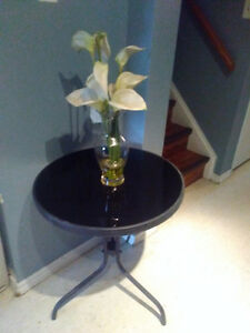 $25 Round Black Glass Table incl. Delivery Kitchener / Waterloo Kitchener Area image 1