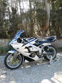 Kawasaki Zx6r J1 2000