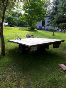 Trailer plate forme 8x10