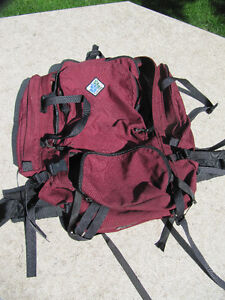 LARGE BACKPACK - CAMP TRAILS