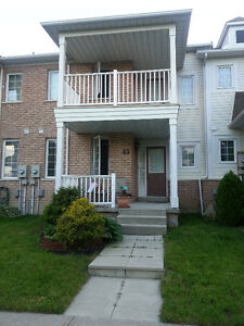 Whitby Shores 3 Bedroom Townhouse 2 Car Garage
