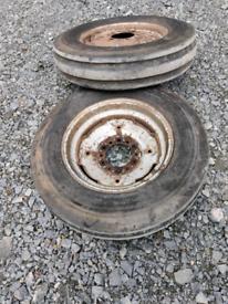 Massey Ferguson 135 front wheels