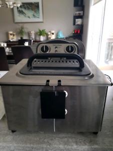 Bravetti Pro 4L family size deep fryer