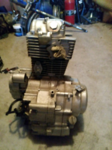 250 project dirt bike comes with new motor $225 OBO