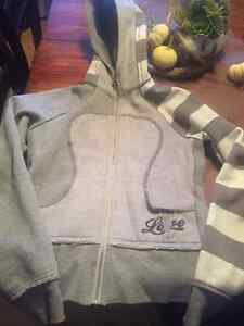 Lulu Lemon sweater size 6-4 Regina Regina Area image 1