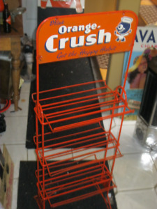 RARE ORIG, CANADIAN ORANGE CRUSH SIX PACK RACK WITH CRUSHY!