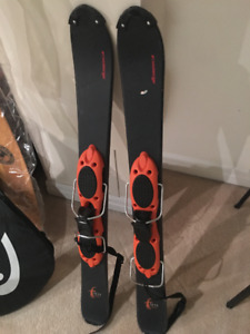 """Nordica Short """"Fun"""" Skis!  35 inches long!  Hardly Used!"""