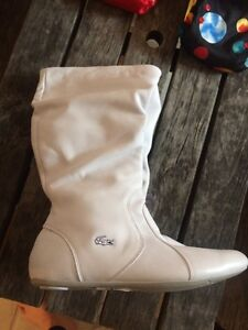 Lacoste white slouch boots Kingston Kingston Area image 1