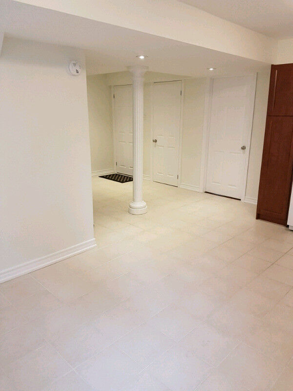Basement For Rent In Richmond Hill spacious & bright 1 bedroom basement apartment in richmond hill