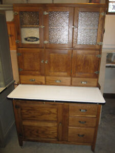 EXTREMELY RARE H.E. FURNITURE CO MILVERTON ONT HOOSIER CABINET