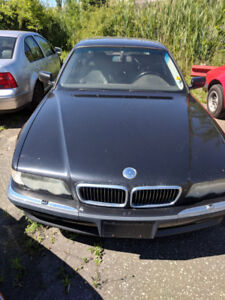 Parting out: 2001 BMW 740iL