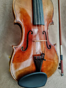 Beautiful Violin with rich tone
