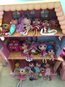 Lalaloopsy - Dollhouse - Dolls