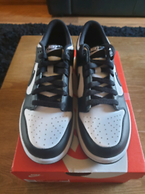 Nike Dunk Black White UK Sizeb6 EU 39