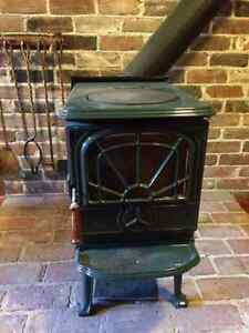 Poêle à bois / wood burning stove Waterford