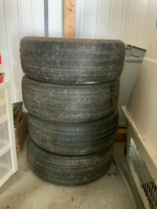 Pneus Michelin Energy Saver.  A15 215/50 R 17