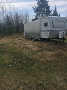 Trailer Awning and Tire Rims