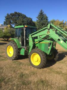 John Deere 7200 Tractor