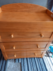 Baby changer with 3 chest of drawers