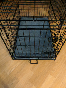 "Double-Door Folding Metal Dog Crate Dimensions 30"" x 19"" x 21"""